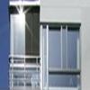 Rekkverk, balkonger og baldakiner i glass